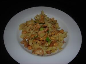 Peanutty Sesame-Soy Chicken Pasta 004